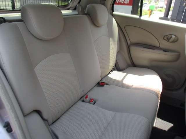 ☆運転席側後部座席シート