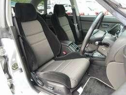 運転席シートはパワーシートとなり、切れ等も御座いません。人気のBRIDE製やRECARO製などのスポーツシートもお得な金額にてお取り付け可能です。お気軽に047-492-4000までお問い合わせ下さい