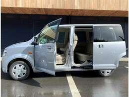 ☆左側オートスライドドア搭載!狭い駐車場でも隣の車を気にせずにドアを開閉することができます。