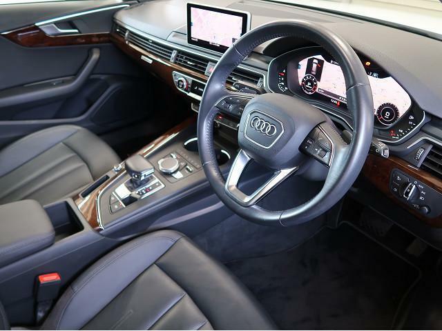 ●『Audiならではの洗練されたインテリア!シートの使用感も少なく綺麗な状態です!』