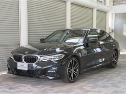 BMW 3シリーズ 320i Mスポーツ G19AW黒革AトランクヘッドアップD