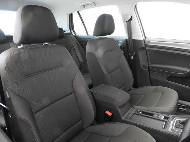 ☆9エアバッグ:フロントに2個・フロント&リヤサイドに2個ずつ・サイドウィンドー全体を覆う『カーテンエアバッグ』・運転席には『ニーエアバッグ』と合計9個を標準装備☆