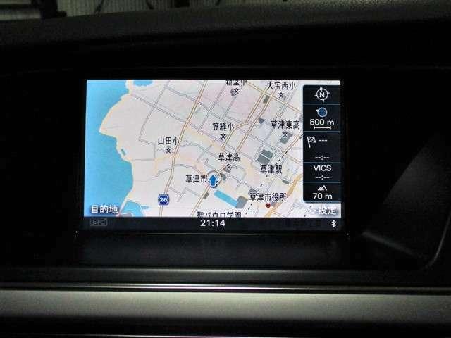 MMI(マルチメディアインターフェース)と呼ばれるシステム統合型コントロールシステムが装備されています。HDDナビや車両設定もこのインターフェースを使用します