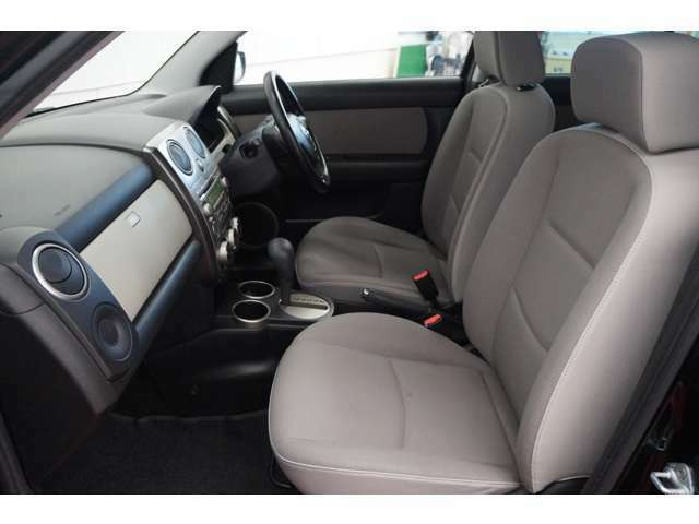 助手席から見える景色は、運転席からとはまた違った魅力を発見できるはずです!