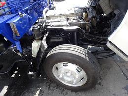 車両型式:KR-AKR81LN エンジン型式:4HL1 排気量:4.77L 燃料:軽油 排ガス適合 ターボ無 140PS 各種、中古車両を豊富にお取り扱い中です。中古トラック販売情報検索https://used.truck123.co.jp/sin/