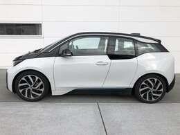 こちらのお車のご不明点や、掲載されていないお車のお問い合わせなどがございましたら、BMW東京BPS東京ベイ 03-3599-3740 まで。