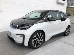 BMW i3 スイート レンジエクステンダー装備車 レザーシート シートヒーター