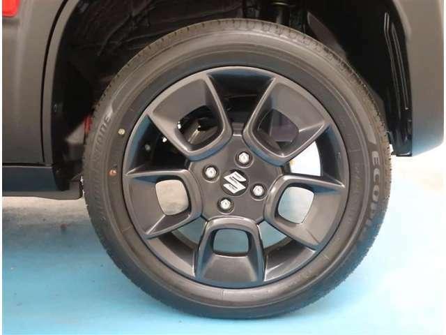【純正16インチアルミ】タイヤの残り溝もしっかり残っております。ご納車前に点検・空気圧調整もさせて頂きますので、ご安心下さい。