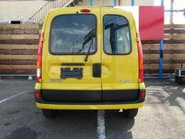 ご納車の前には専門スタッフによる点検・整備を実施いたします。各機関・電気系統のチェック、ロードテストも行いますので、安心して乗っていただけます。