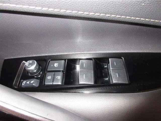 当社でご購入していただいた全ての車両は納車前にしっかり点検・整備をしてから納車させて頂きます。