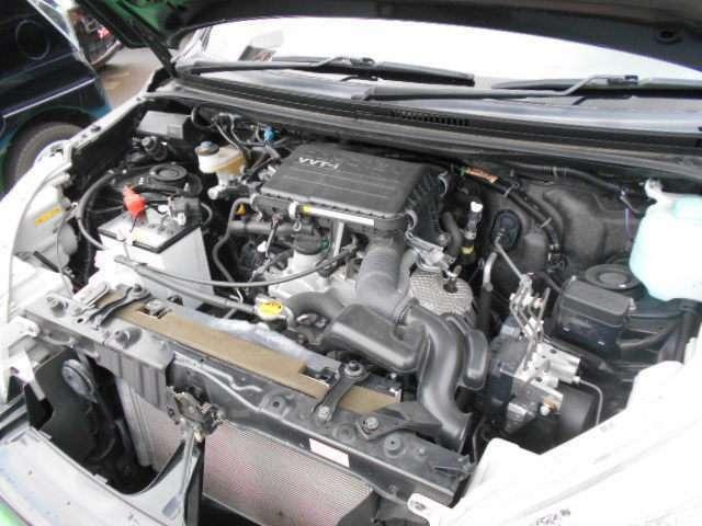 エンジン写真です。