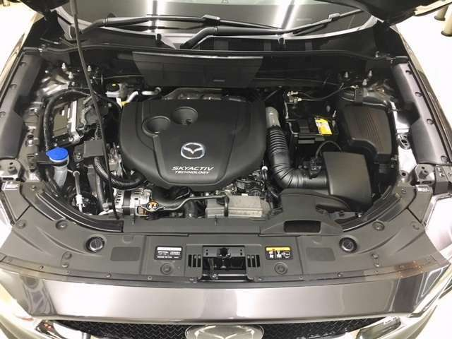 2.2ディーゼルターボエンジン♪燃費が良くパワーがあります♪走る歓びをコンセプトにドライバーとCX-5の人馬一体♪一度運転すればきっと素晴らしい車・楽しい車・面白い車と感じてくださるはずです♪