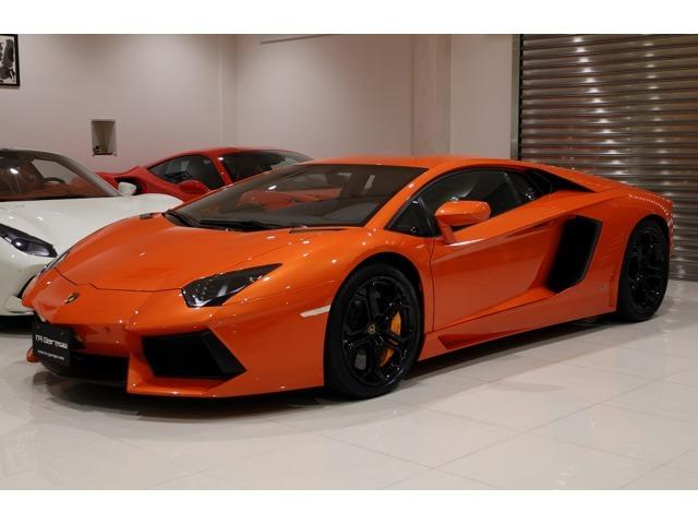 正規ディーラー車・フロントリフト・ガラスエンジンフード・オレンジステッチ ・オレンジキャリパー・ブラックシャイニーホイール ・バックカメラ・Rパークセンサー ・イエロースプリング