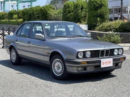 BMW 3シリーズ 320i ディーラー車 メンテ済み車 Tベルト&ウォーターポンプ交換済