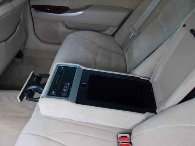 お客様へ良質な中古車をご提供出来る様にスタッフ一同頑張っています!国産ビックセダン中心の店ですが軽カーや商用車のお取り扱いも承ります!カーセンサー無料ダイヤル「0066-9711-971019」までお問合せ下さい。
