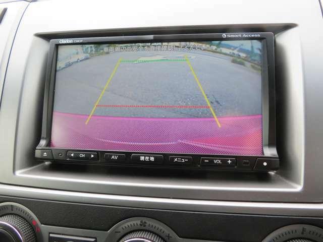 フルセグTVやDVDビデオの視聴も出来る多機能ナビ。ブルートゥースオーディオにも対応してますよ。バックカメラ、サイドビューカメラも付いてます。