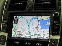 フルセグTV視聴可。エアコン操作や車両設定が出来るマルチビジョンにはHDDナビ内蔵。CD録音やDVD再生も可能です。ロングドライブが楽しくなります