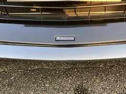 仕入れた車をそのまま販売するわけではございません。点検・整備はもちろん!内外装の業者じゃないと手が届かない箇所までしっかり磨き上げております!
