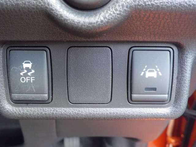 横滑り軽減装置/車線逸脱警報