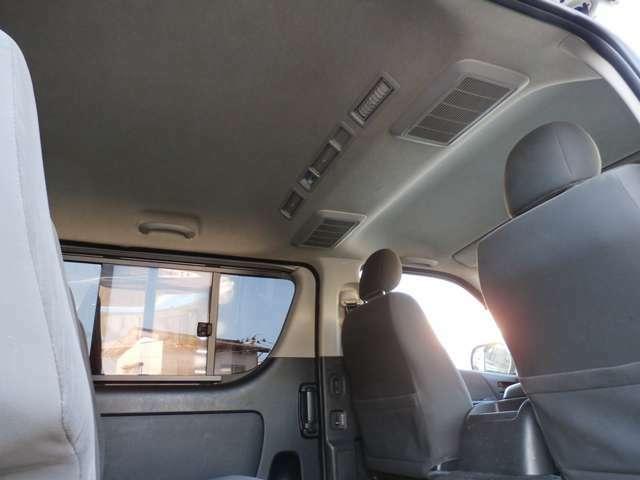 3.0ディーゼルターボ 4WD HIDライト ナビ TV バックモニター ETC