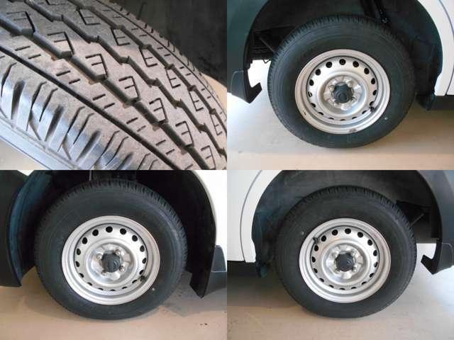 ☆タイヤの溝もまだまだ残ってます!これからの走行距離と使い方にもよりますが、すぐに買いかえる心配もなく、次回車検まで使えるかも?