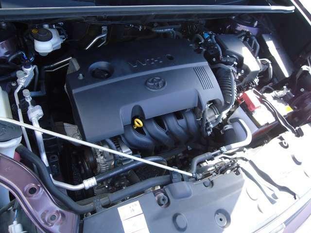 直列4気筒1.5Lエンジン!エンジンルームも綺麗!整備もお任せ下さい!自社工場で点検整備します!当社の工場は関東運輸支局指定整備工場(民間車検工場)ですのでご安心下さい!