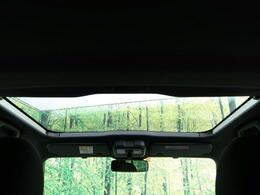 ●ガラスルーフも装備しております。開放的な雰囲気がとても似合うお車!タフトならでは装備をお楽しみください!!