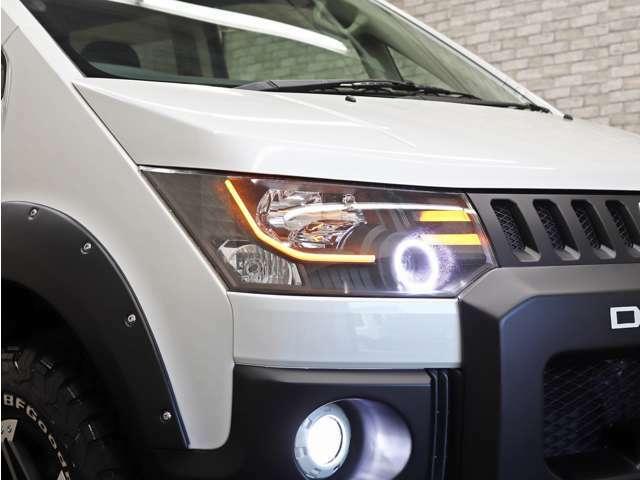 LEDファイバーラインはウィンカーとも連動し点滅致します。ご希望のお客様は簡単な配線加工で連動を解除する事も可能です。
