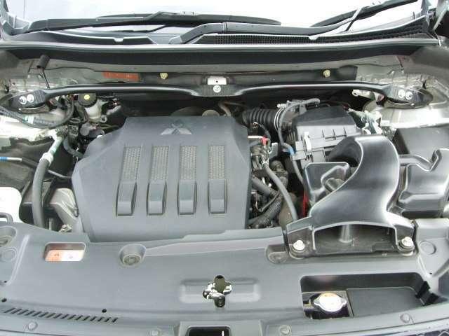 新開発1.5L直噴ターボエンジン+INVECS-III 8速スポーツモードCVTを搭載。