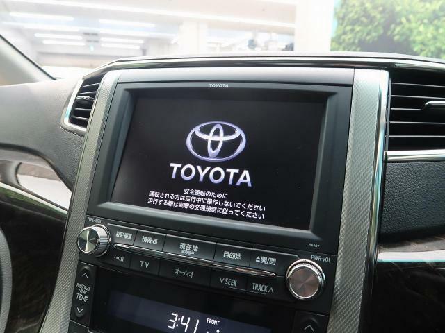 【純正メモリナビ】 地デジ 『嬉しいナビ付き車両ですので、ドライブも安心です☆もちろん各種最新ナビをご希望のお客様はスタッフまでご相談下さい♪』