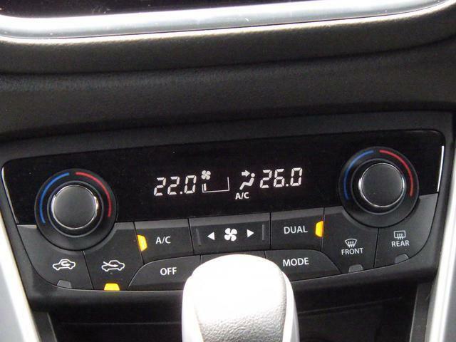 フルオートエアコンを装備しています。運転席・助手席 それぞれの温度設定可能です。