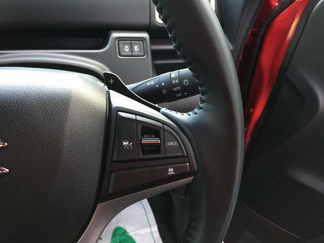 前車との車間距離を保ちながら走行してくれるアダプティブクルーズコントロール