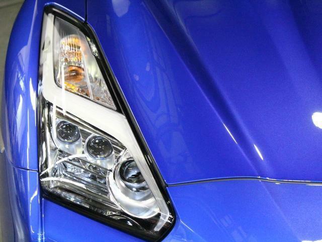 LEDヘッドライトで夜道も明るく照らしてくれます!曇りなどもありません!!