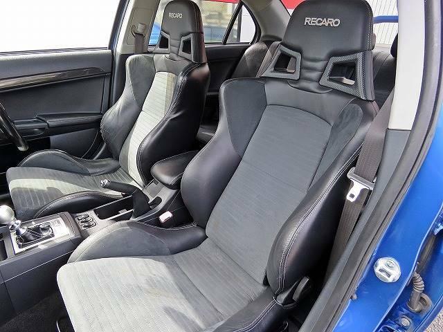 低価格スポーツカーといえばCOLOR'S(カラーズ)!!ご期待に添える車がきっと見つかります!!在庫にない場合でもお探しする事も可能です!!