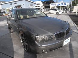 BMW 7シリーズ 750Li 左ハンドル ローダウン