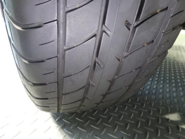装着タイヤ☆溝もしっかりあります!