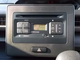 CDステレオ装備です☆好きなCDを流したり、ラジオを聴きながらドライブすれば、ただの移動時間もリラックスタイムになりますね☆ロックをかけてノリノリに!バラードやヒーリング音楽をかけてゆったりと。