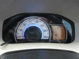 運転状況の応じて照明色が変化、エコドライブの目安になります。