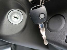 【キーレスエントリーシステム】ボタンを押すだけで、ドアの開閉が可能です!ネクステージ専用【VIPER 717VK】の取付でお車をしっかり守ります!お値打ち価格♪