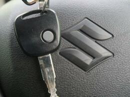 便利なキーレス♪ボタン操作で簡単にドアの解錠、施錠が可能です!