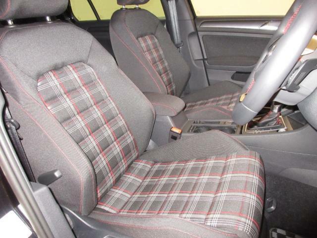ぜひ店頭にてボディーや車内の状態をお客様の目でお確かめください。