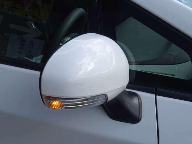 SALE価格!LEDドアミラーウィンカーも付いたお車で御座います。
