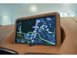純正ナビゲーション装備(Bluetooth、USB、SDカード、TV機能が備わっております)