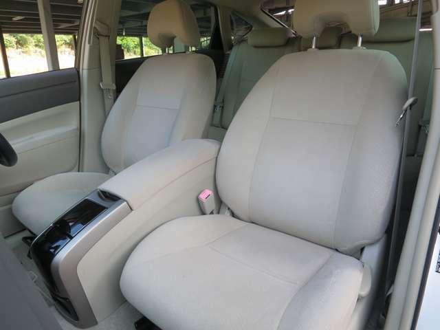 助手席シートです。こちらもコンディション良好!