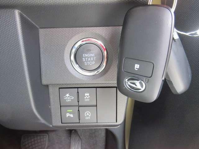 プッシュスタート、自動ブレ-キ、横滑り防止、アイドリングストップ、コーナーセンサー※グレードG標準装備