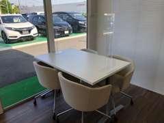 16号線から脇田新町交差点を160号線に入った通りにございます☆