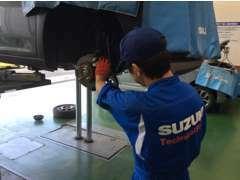 お車に合わせた点検整備をプロの整備士が作業させて頂きます。