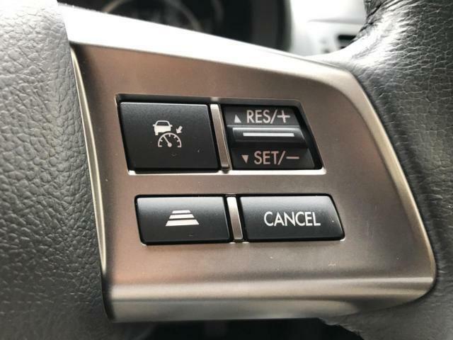 【速追従機能付クルーズコントロール】走行時、設定した速度を自動的にキープし、ロングドライブを快適にサポートし低燃費走行にも貢献☆