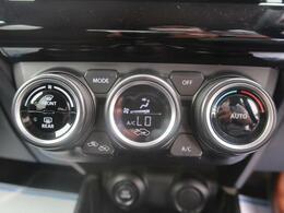 オートエアコンが付いていますので室内空間はいつでも快適です。好きな温度に設定すれば自動的に調整してくれますよ!