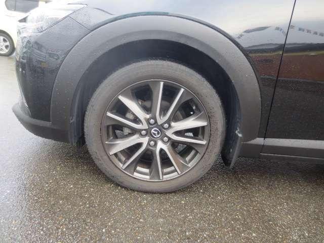 定期点検(6ヵ月・12ヵ月)をはじめ、オイル交換やタイヤ交換等はもちろん、「最近、ちょっと調子が・・・」という時には、お気軽にご来店下さい。お客様のお車の状態を的確に判断した点検・修理を行います。